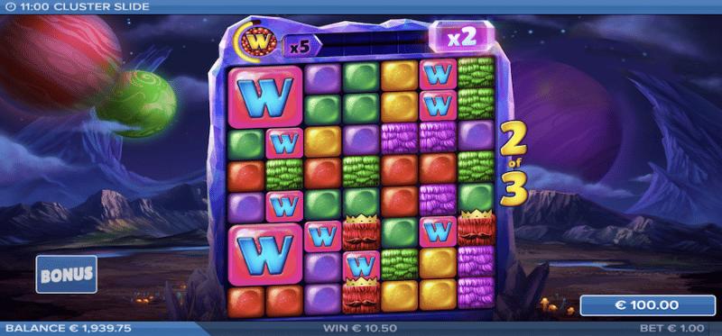 Cluster Slide Bonus Game